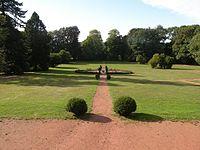 Trippstadter Schloss - Schlossgarten (2015).JPG