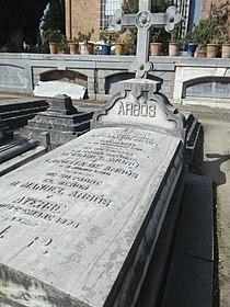 Tumba familia Arbós, Fernando Arbós y Tremanti, Manuel Arbós y Ayerbe.jpg