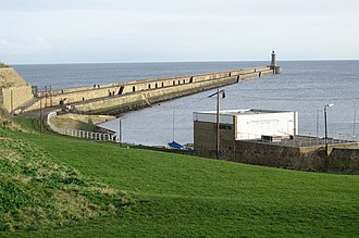 Tynemouth - Wide view of Tynemouth pier and lighthouse