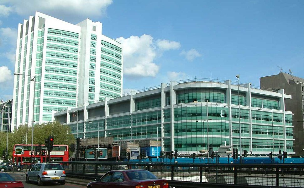 University College Hospital - New Building - London - 020504
