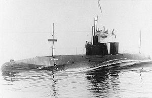 The USS C-4 underway, 1909