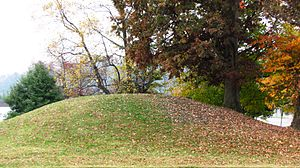 History of Knoxville, Tennessee - Late-Woodland period burial mound on the University of Tennessee campus
