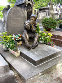 Vaslav Nijinsky tombstone.jpg