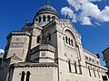 Vieux tours, nouvelle Basilique Saint- Martin 1888 1902.jpg