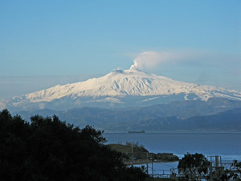 View of Mount Etna from Reggio Calabria - Italy - 10 Feb. 2017 - (1)