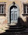 Villa saletta, edifici di servizio 07 portale.JPG