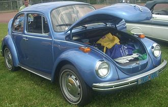 Trunk (car) - Front storage compartment on a Volkswagen Beetle