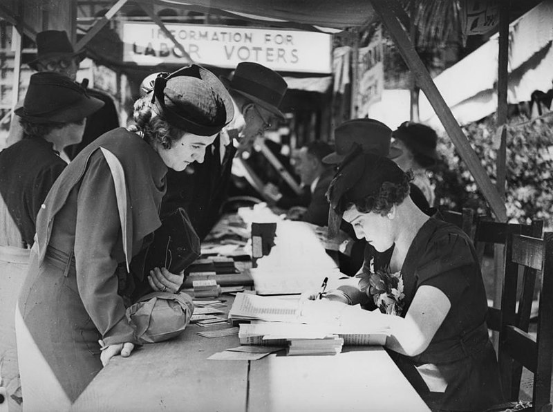 File:Voting in Brisbane, 1937 (28008208705).jpg