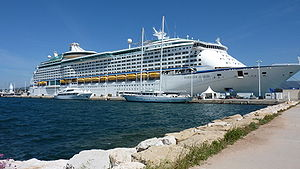MS Voyager of the Seas - Image: Voyageroftheseas