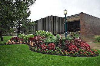 Saint-Leonard, Quebec - Saint-Léonard Library