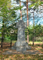 WWI cemetery Merzdorf (memorial with inscriptions).png