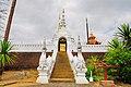 Wat Pong Sanuk (29338058143).jpg