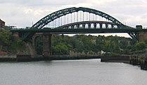 Wearmouth bridge.jpg