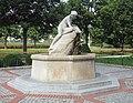 Wien Herderpark Brunnen.jpg