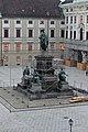 Wiener Hofburg In der Burg Denkmal Franz I Minoritenkirche 2014 c.jpg