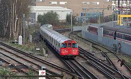 Willesden Junction station MMB 38 1972-stock
