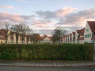 Lauta - Image: Wohnsiedlung Schmuckhof Lauta
