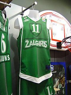 Tanoka Beard American basketball player