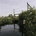 Zicht op de oude spoorwegbrug over het riviertje Het Gein - Abcoude - 20396317 - RCE.jpg