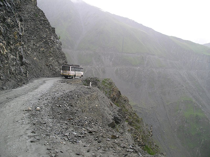 Zoji La Pass Road Paso Cachemira India Carretera Peligrosa