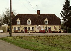 'The Three Horseshoes' public house, Bannister Green, Essex - geograph.org.uk - 159642.jpg