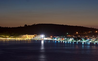 Özdere Beach at Night, Izmir.jpg