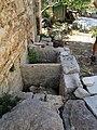 Šolta Grohote Hrvatska Becken zum Kalklöschen 2012 a.jpg