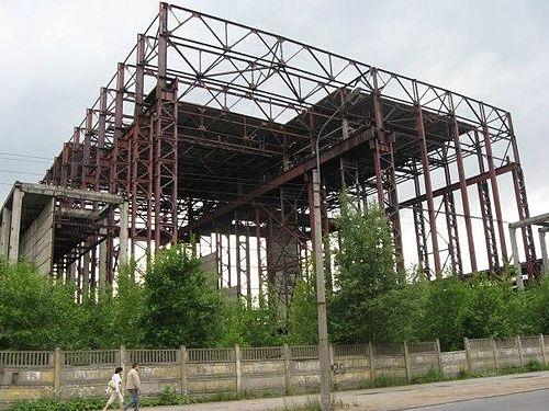 скелет заброшенное здание на полюстровском 52 проживании посторонних людей