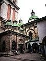 Церква Успіння Пресвятої Богородиці-4, Львів.jpg