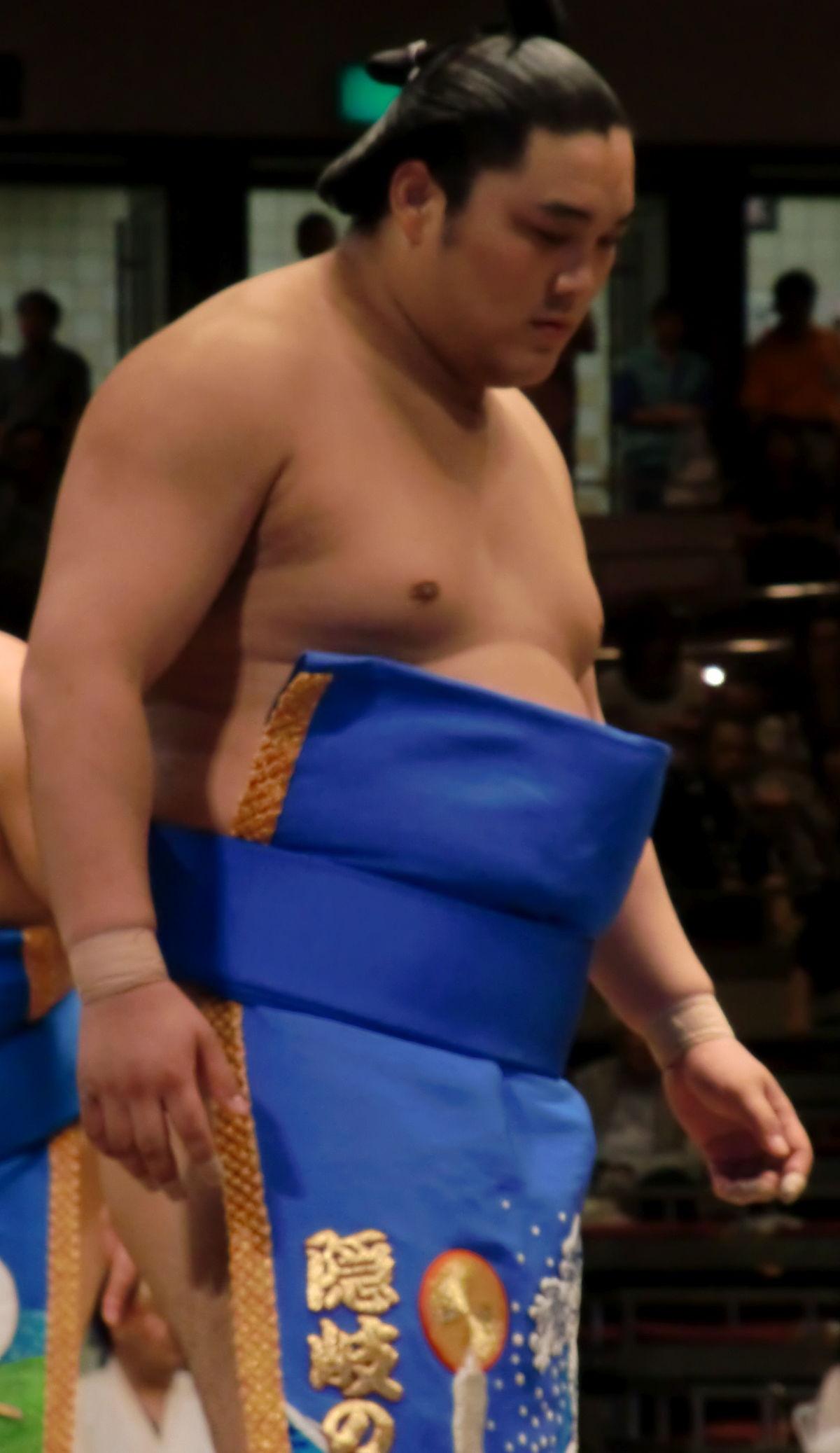 力士 イケメン