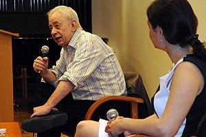 Vassilis Alexakis s'entretient avec Ornela Todoroshi - Salon 2010 -