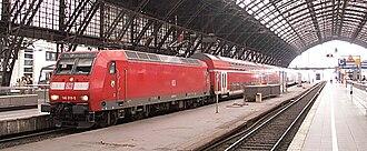 Köln Hauptbahnhof - Rhein-Express in the station