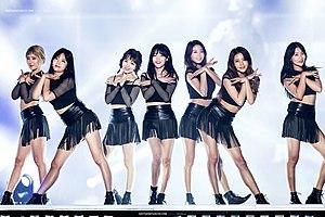 AOA (band) - Image: 160924 AOA 인천한류관광콘서트