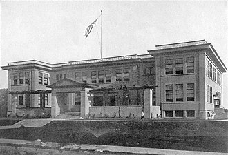 Fullerton Union High School - Image: 1910 FUHS 11 17 1910 before fire destroys the building