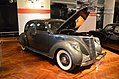 1936 Lincoln Zephyr - The Henry Ford - Engines Exposed Exhibit 2-22-2016 (340) (32033802821).jpg