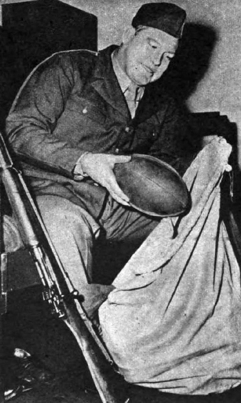 1945-03-16-YankMagazine Bulldog Turner