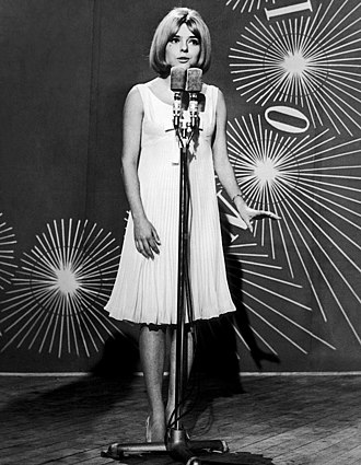 Poupée de cire, poupée de son - France Gall singing Poupée de cire, poupée de son at the 1965 Eurovision Song Contest in Naples