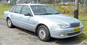 1996 Ford Fairlane (NF II) Ghia sedan (2009-12-09) 01.jpg