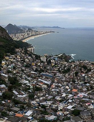 Vidigal, Rio de Janeiro - Image: 1 vidigal aerial 2014