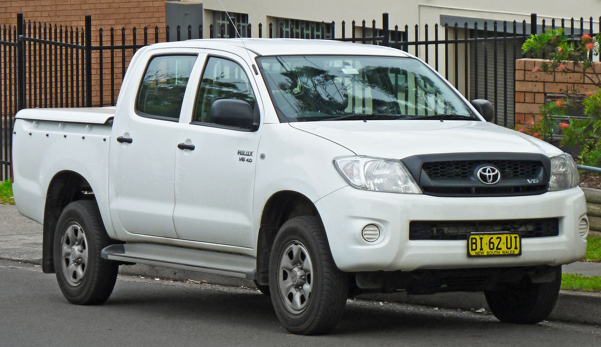 Toyota Tacoma Australia >> Toyota Hilux - Wikipedia