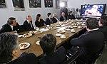 2011-02-03 Владимир Путин с коллективом Первого канала (17).jpeg