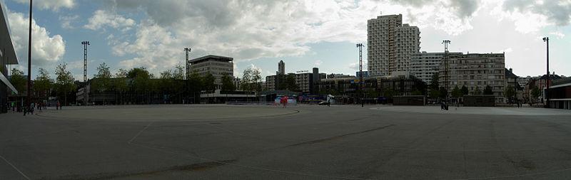 File 2012 05 28 18 17 36 esplanade charles de wikimedia commons - Esplanade charles de gaulle ...