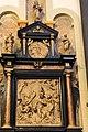 2016-06-15-bonn-muensterbasilika-innenansicht-taufe-jesu-altar-02.jpg