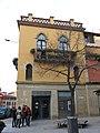 237 Casa Vilà, rbla. Davallades - c. Jacint Verdaguer (Vic).jpg