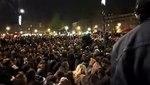 File:51Mars Orchestre debout à République. Periscope de Remy Buisine.webm