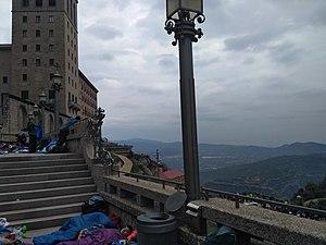 Abadia de Montserrat i vistes, Montserrat, Catalunya.jpg