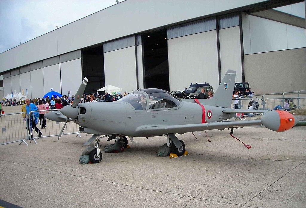 Aermacchi SF-260EA.JPG