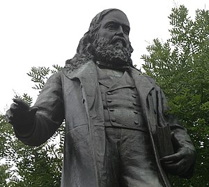 English: Albert Pike (1809-1891) statue at Jud...
