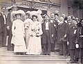 Alice Roosevelt and friends (1904 World's Fair).jpg