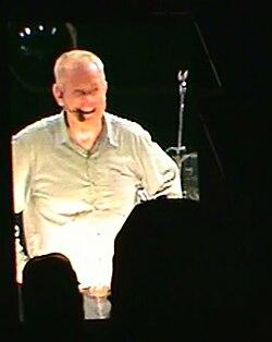 Angus buchan tydens die 2010 mighty men -konferensie